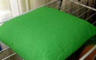 Как постирать подушку из холлофайбера в стиральной машине и не испортить её
