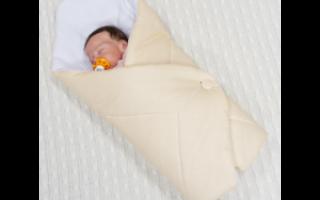 Одеяло для новорожденного: каким требованиям должно отвечать?