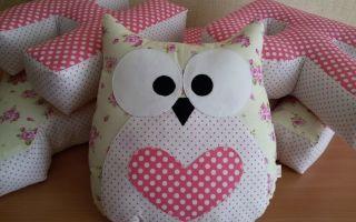 Мягкие подушки игрушки для детской комнаты — оригинальный декор, фото