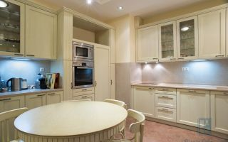 Скатерть на овальный стол для кухни: виниловая, белая и других цветов, достоинства и текстура