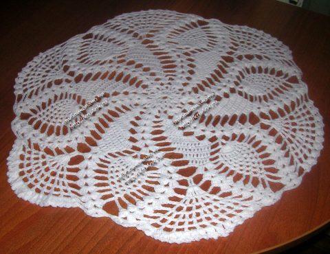 Салфетки спицами: создание простой скатерти и ажурных платков для начинающих
