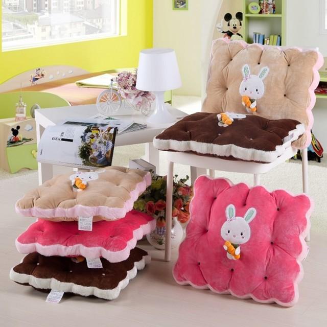 Подушки на стулья: полезные и уникальные вещи своими руками