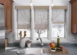 Постирать рулонные шторы в домашних условиях: как снять и почистить, уход