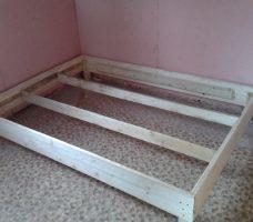 Кровать из ДСП: полезные советы по изготовлению своими руками