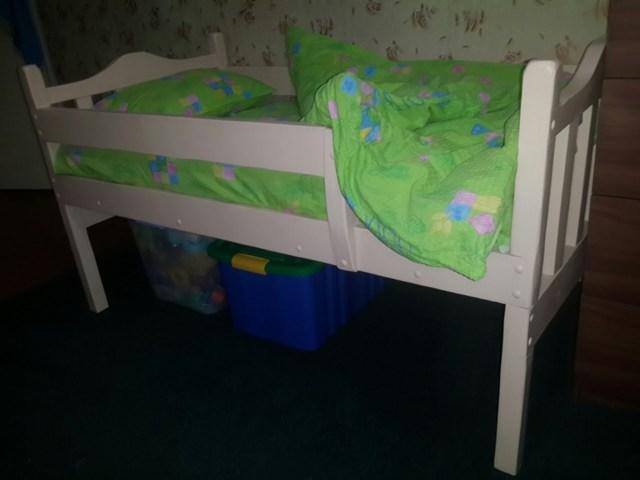 Делаем детскую кровать своими руками из дерева: фото, видео