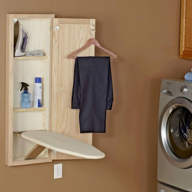 Гладильная доска, встроенная в шкаф. Достоинства и недостатки.