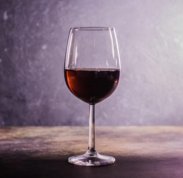 Фужер: что это, в чем разница между бокалом и фужером, какие фужеры для каких напитков использовать