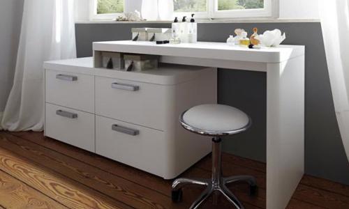 Туалетный столик ручной работы: как и из чего изготовить?