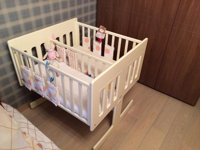 Кроватки для двойняшек: преимущества и недостатки моделей