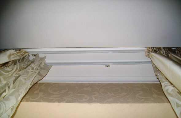 Как повесить потолочную гардину: правила сборки и крепления