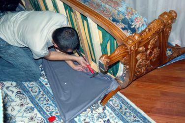 Как произвести ремонт дивана: инструкции и полезные советы