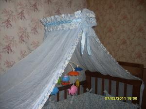 Крепеж балдахин на детскую кроватку: варианты и инструкция расположения защиты