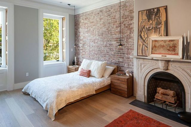 Стена у изголовья кровати в спальне: дизайн и оформления в 75 фото