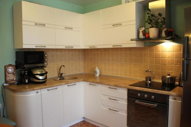 Выбор цветовой гаммы современных кухонных гарнитуров