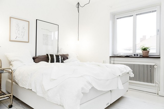 Кровати из массива дерева в интерьере спальни. Советы, фото-идеи.