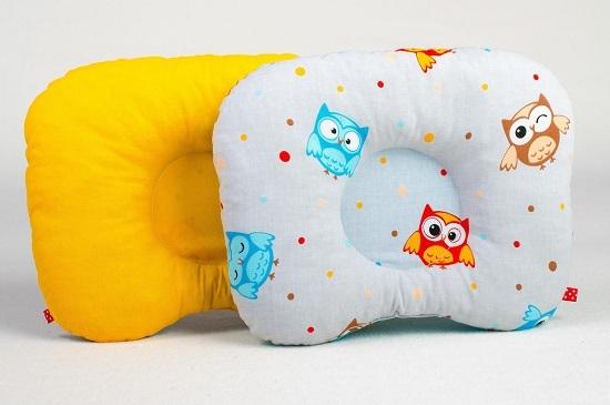 Ортопедическая подушка для новорожденных: виды, как использовать, с какого возраста