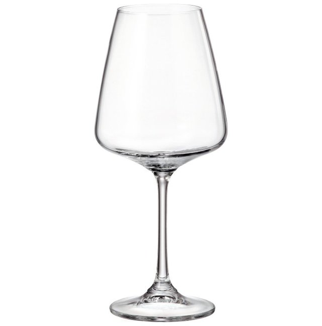 Бокалы Богемия из Чехии: достоинства чешского стекла, фужеры для красного и белого вина, богемские наборы