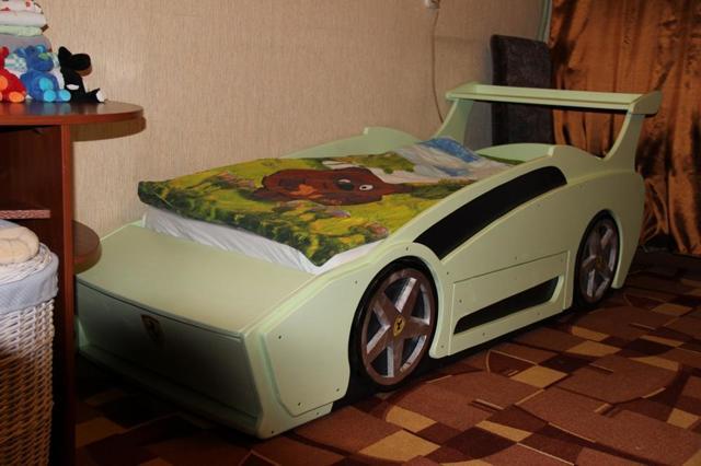 Кровать-машина своими руками: выбор материалов, варианты дизайна