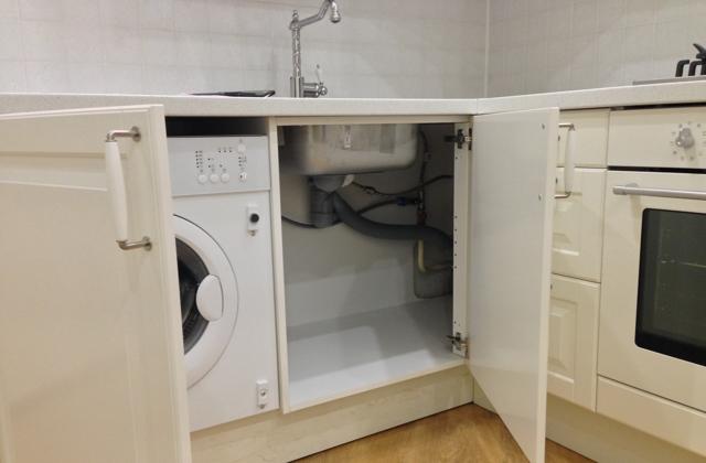Шкаф под мойку на кухне: особенности выбора и установки