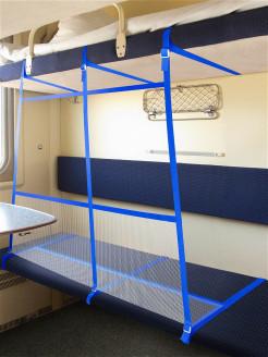 Замки от детей на ящики и шкафы: защита детей от опасности