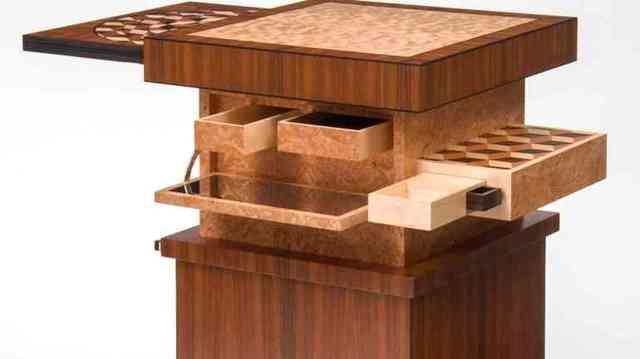 Мебель с секретами и тайниками: особенности использования