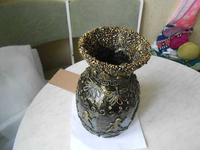 Декор вазы своими руками: украшение искусственными цветами, как красиво оформить?