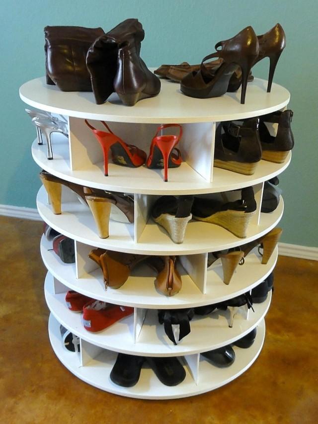 Подставка для обуви своими руками: как сделать тумбу из дерева или металла в прихожую?