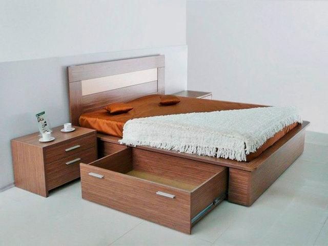 Кровать с ящиками для хранения: преимущества и недостатки модели
