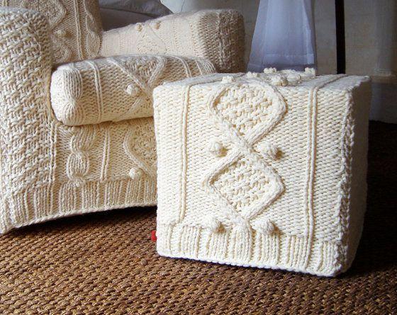 Накидка на диван крючком: идеи оформления и изготовления с фото