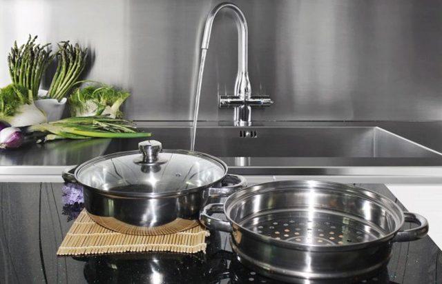 Кастрюля-пароварка: для газовой плиты и электроплиты, из нержавеющей стали, вставка в кастрюлю, лепестковая