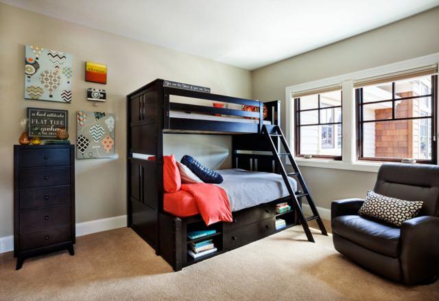 Двухъярусная кровать для взрослых: выбор дизайна