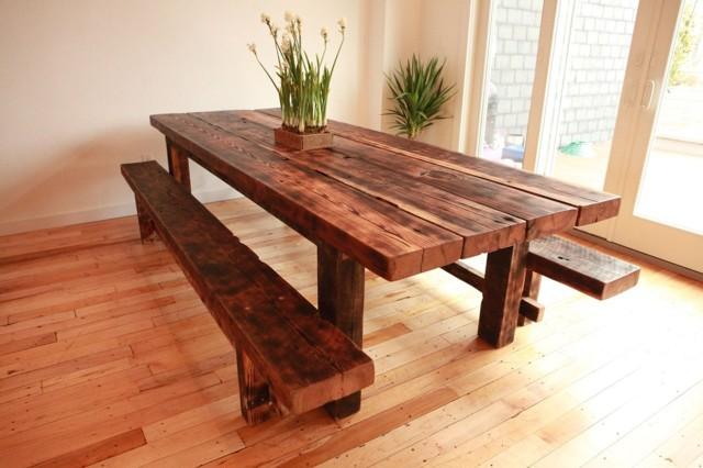 Круглый стол из дерева: как сделать своими руками?