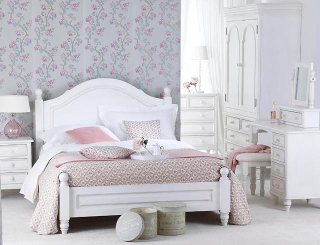 Кровать в стиле Прованс: что это такое и как устроено