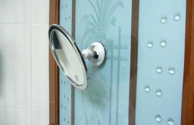 Клей для зеркало или как установить зеркало и не сверлить стену?