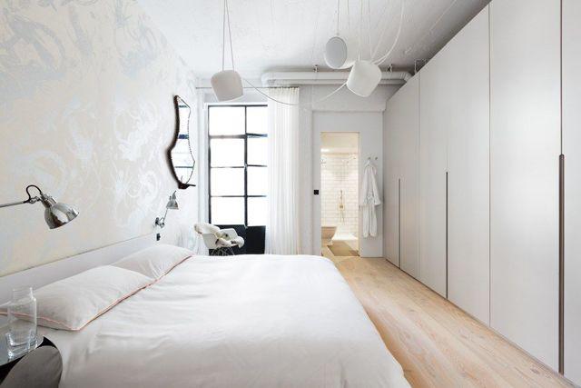 Идеи оформления спальни в светлых тонах со светлой мебелью