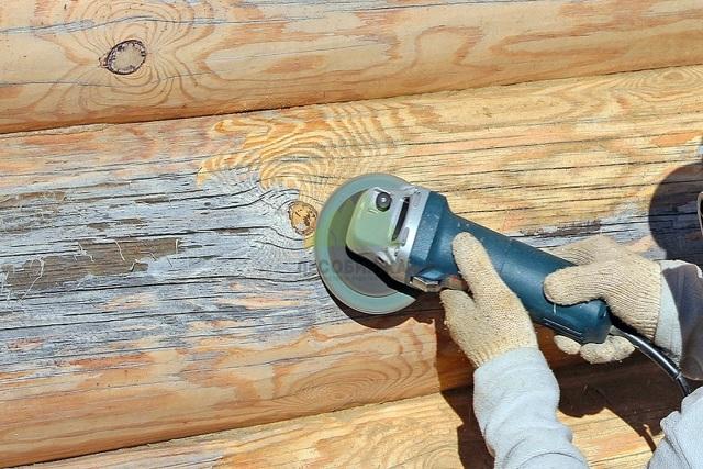 Снимаем старый лак с деревянной мебели в домашних условиях