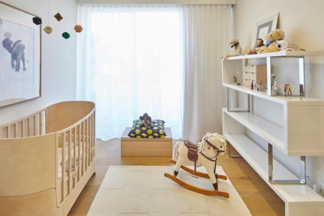 Полка «домик» для детской: варианты дизайна, изготовление, фото