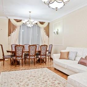 Шторы с ламбрекеном: варианты дизайна для зала, кухни и гостиной, фото