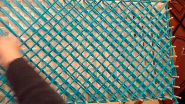 Плед из помпонов: описание и фото для изготовления своими руками