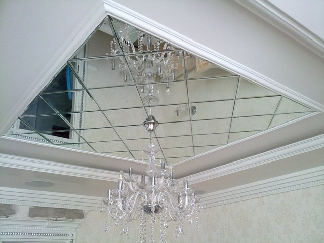 Зеркальный потолок: основные виды, типы и покрытия