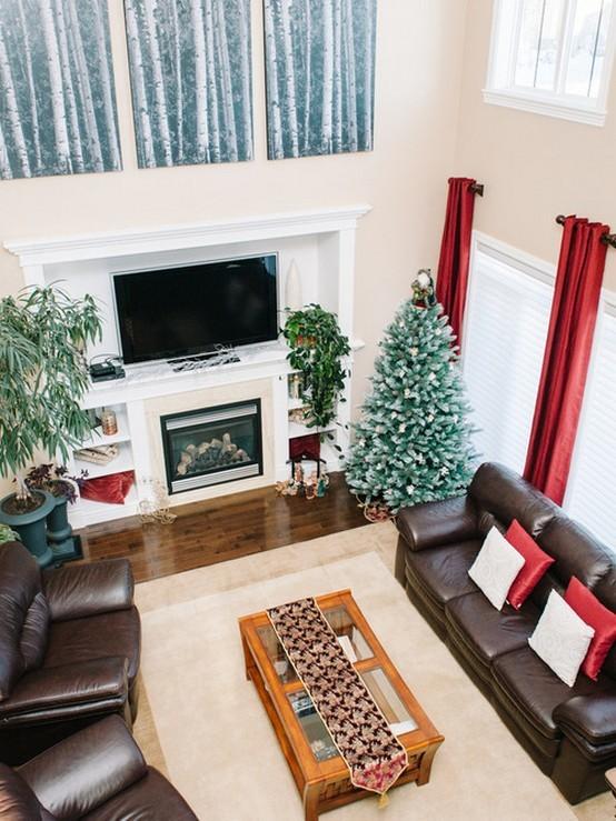 Красные шторы: применение в интерьере гостиной, спальни, кухни, фото