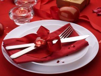 Салфетки для сервировки стола: как красиво собрать бумажные платочки в салфетницу?