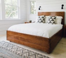 Кровать-подиум своими руками: процесс сборки с фото