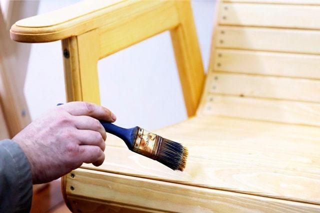 Мебельный лак: сравнение и виды лака для использования