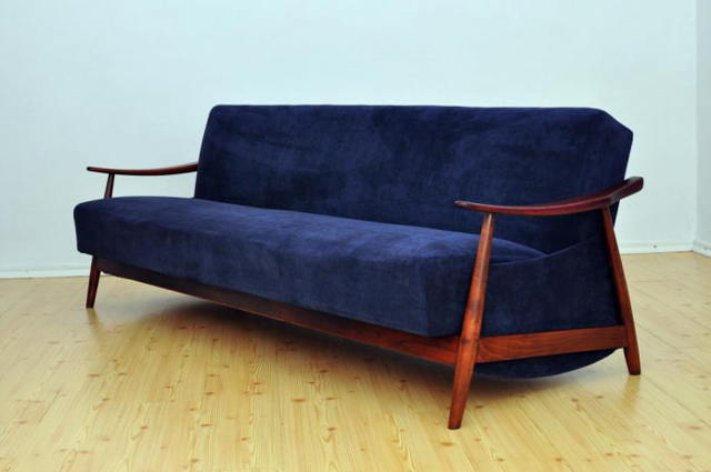 Синий диван в интерьере: сочетание цветовой гаммы в разных стилях