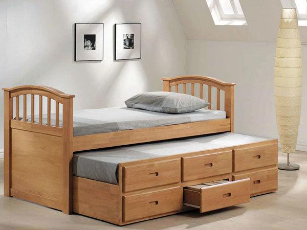 Диван-трансформер в двухъярусную кровать: обзор, советы по выбору