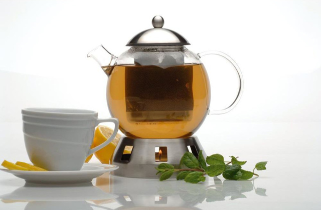 Заварочный чайник с подогревом от греющей свечи: подставка стеклянного заварника для чая