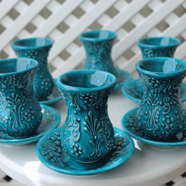 Армуды для чая и кофе: что это такое, хрустальные и стеклянные турецкие чашки, наборы азербайджанской чайной посуды