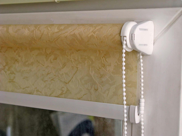 Как крепятся римские шторы: правильная установка на пластиковое окно
