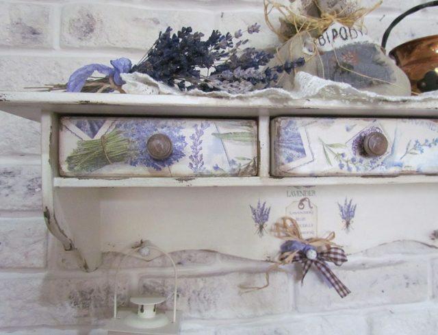 Делаем декупаж мебели в стиле Прованс: выбор украшения